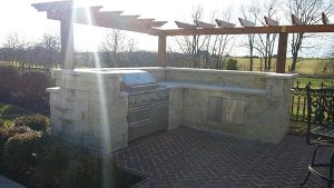 outdoor kitchen area in residential