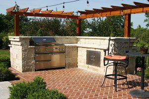 outdoor kitchen area in residential area
