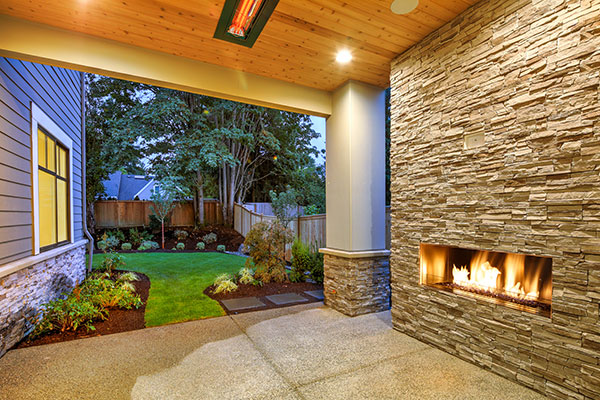 3 Unique Ways to Enjoy Your Outdoor Space in the Colder Months